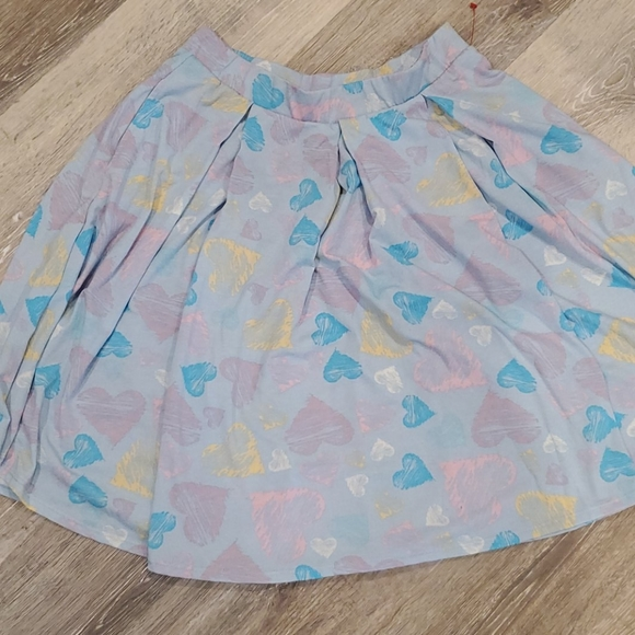 LuLaRoe Dresses & Skirts - Never worn Lularoe Madison skirt